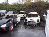 Hooligans break into the yard and set fire to a car held for evidence
