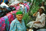 selling uzbek dresses
