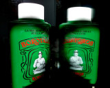 Green talcum powder
