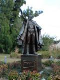 Gunther Gebel Williams statue