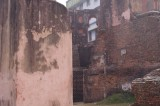 Old Walls of Diwan-i-Aam in Lalbagh Fort.jpg