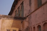 Side of Diwan-i-Aam in Lalbagh Fort.jpg