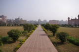 Sidepath at Lalbagh Fort.jpg