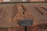 Tombs at Lalbagh Fort.jpg