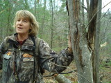 Sue Morse and moose barking.JPG