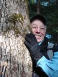 Dan Kemp and Bear claw mark on White Oak.JPG