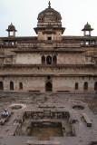Inside Jehangir Mahal 03