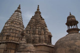 On top of Chaturbhuj Temple 03