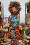 Farmer's Market - Arrangements & Garlands