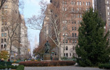 Gramercy Park - Christmas Tree, Edwin Booth Statue & Lexington Avenue