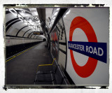 Gloucester Road station, sunday morning, 07:18:28