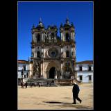 ... walking in Alcobaça ...