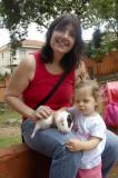 Mamãe, Mari e Porquinho da India