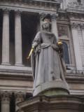 Statue at Saint Paul
