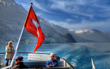 Flag and mountains, Brienzersee
