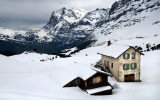 Houses in the snow, Kleine Scheidegg