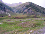 Kyrgyzstan - nomadic yurts here and there