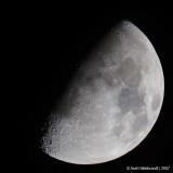 Moon20c700mm3339.jpg