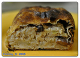 Strudel with apple.jpg