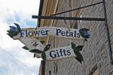 Flower Petals & Gifts