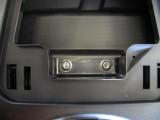 2009 C14  glove box hardware