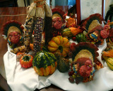 THANKSGIVING DISPLAY - ISO 400 - HAND HELD @ 1/6 SECOND
