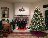 LIVING ROOM - DECORATED FOR CHRISTMAS