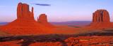 (MV7) Moonrise, Monument Valley, AZ/UT