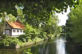 Bierum - Gracht voormalige borg Luinga
