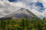 156 Volcan Arenal smoke large.jpg
