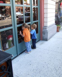 window shopping 1166.jpg