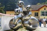 Panda statue, Wolong
