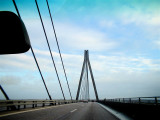 PUENTE CARRETERA HACIA DINAMARCA / BRIDGE ON THE ROAD TO DANMARK
