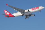 TAM Airbus A330-200 PT-MVP