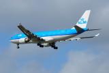 KLM  Airbus  A330-200  PH-AOH