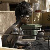 Tel Aviv bronze yard statue1.JPG