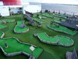 Mini-golf on the Carnival Dream