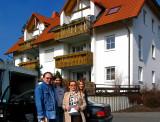 Tomek, Yvonne, Sylvia & Jolika