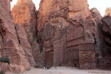Tombs in Outer Siq.jpg