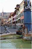 Rue du Marché et la Tour Rouge
