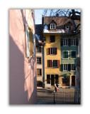 Vieille ville. Rue Basse