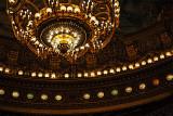 L'éclairage de la salle de spectacle