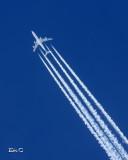 Plus près-des avions...