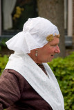 woman in  in traditional Groningen dress (3)