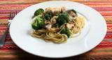 chicken and broccoli stirfry
