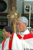Bishop Joseph Zen and Monstrance 01