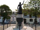 The town of Laguna pays tribute to Anita Garibaldi, one if its women heroes.