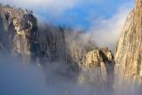 El Capitan In Clouds 22905 (crop)