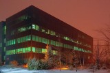 Building In City Lights Snow Glow 20091215