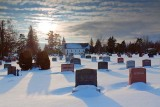 Snowy Churchyard 12999
